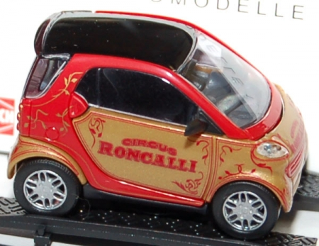 Smart City Coupe Circus Roncalli 48964