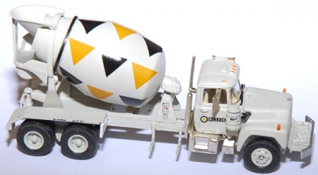 Mack R Cement Truck, Conrock