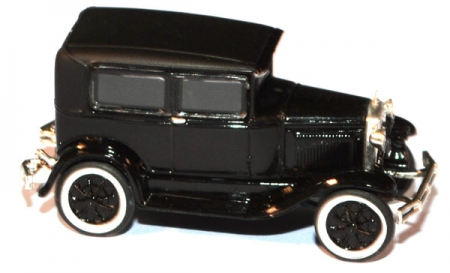 Ford Model A Sedan schwarz