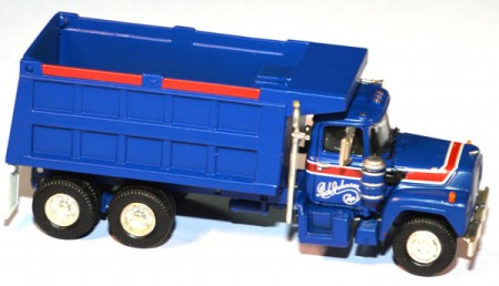 Mack R Dump Truck Rich Johnson Trucking blau
