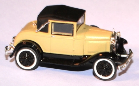 Ford Model A Sport Coupe creme