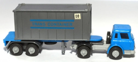 International Harvester Containersattelzug Trans Container himmelblau