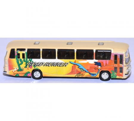 Mercedes-Benz O 305 Reisebus Road Runner creme