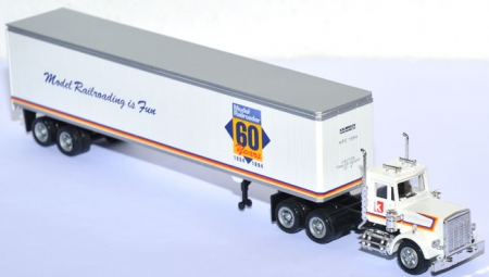 Peterbilt Tractor + 48 ft Vhite Trailer  - 60 years Model-Railroader weiß