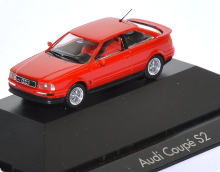Audi Coupe S2 rot