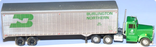 Kenworth Truck Tractor with 40` Trailer Burlington Northern